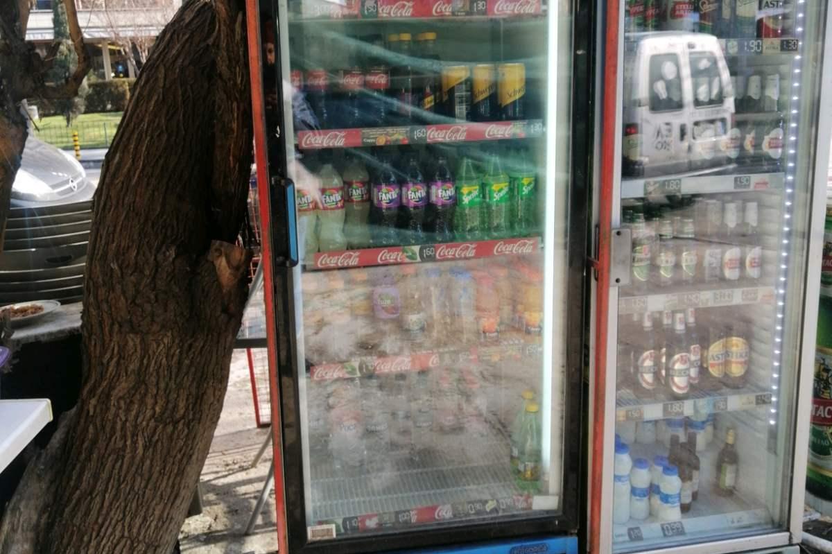 Столичен инспекторат глоби търговец за поставяне на хладилни витрини