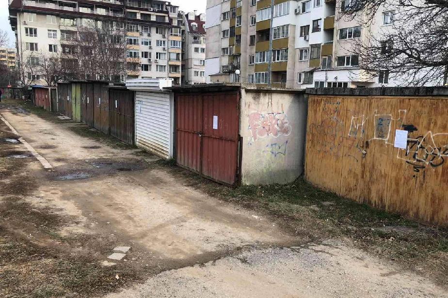 В Стрелбище стартира акция по премахване на 71 гаражни клетки (СНИМКИ)