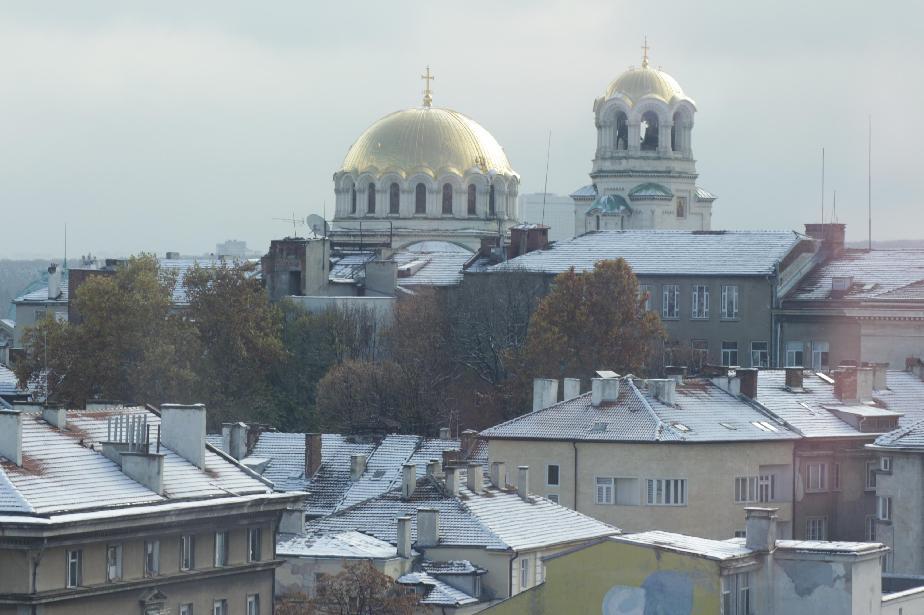 Зимна София