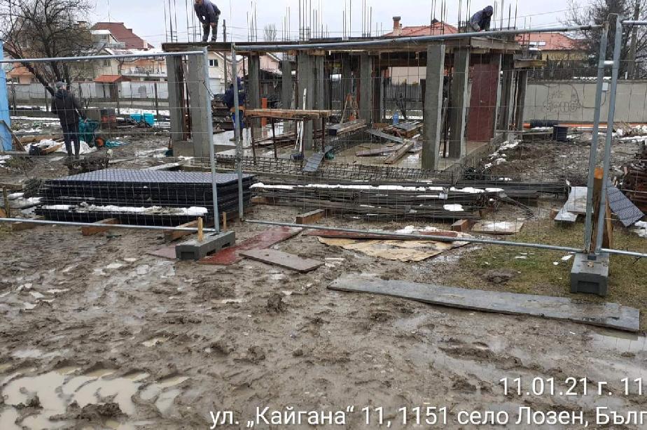 Открити са нарушения на строежи в с. Бистрица, с. Панчарево и с. Лозен.