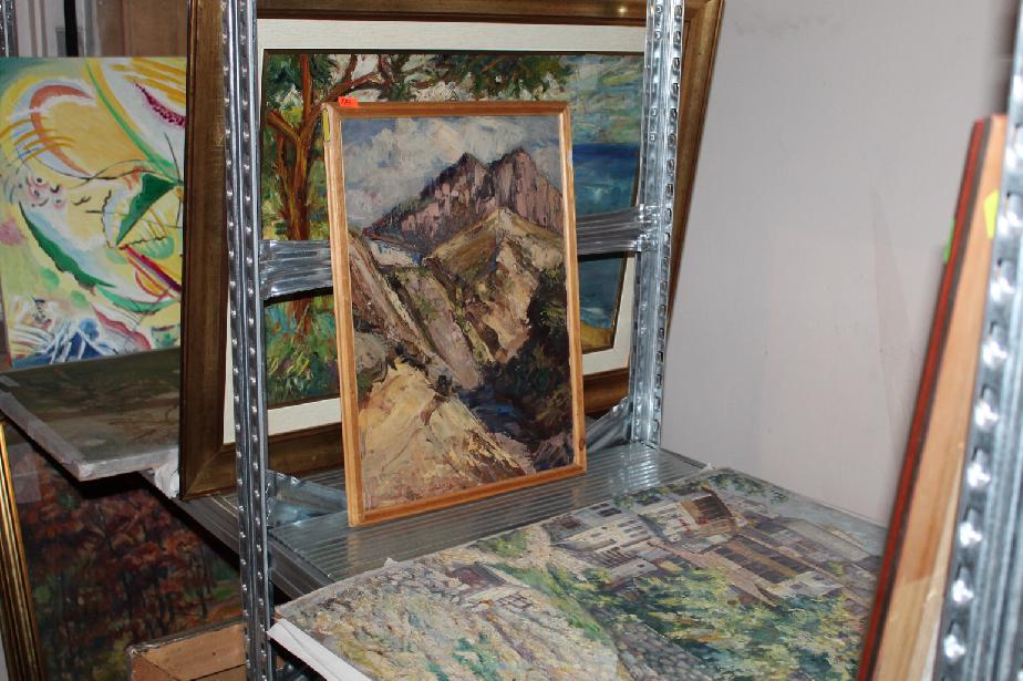 """Спецпрокуратурата прибра 1418 картини от жилище на бул. """"В. Левски"""" 79 в Со"""