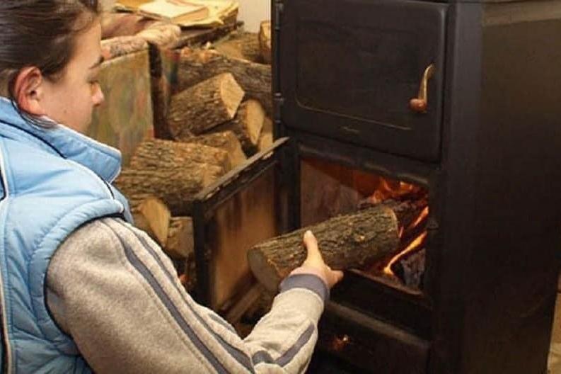 В Кремиковци отново приемат формуляри за безплатна подмяна на стари печки
