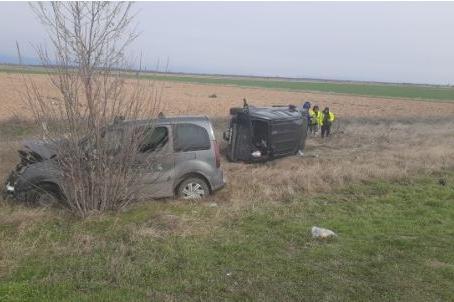 Две катастрофи с тир и два автомобила на АМ Тракия в посока София