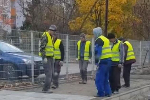 Работещите в сивия сектор в София и страната може да са около 30 на сто