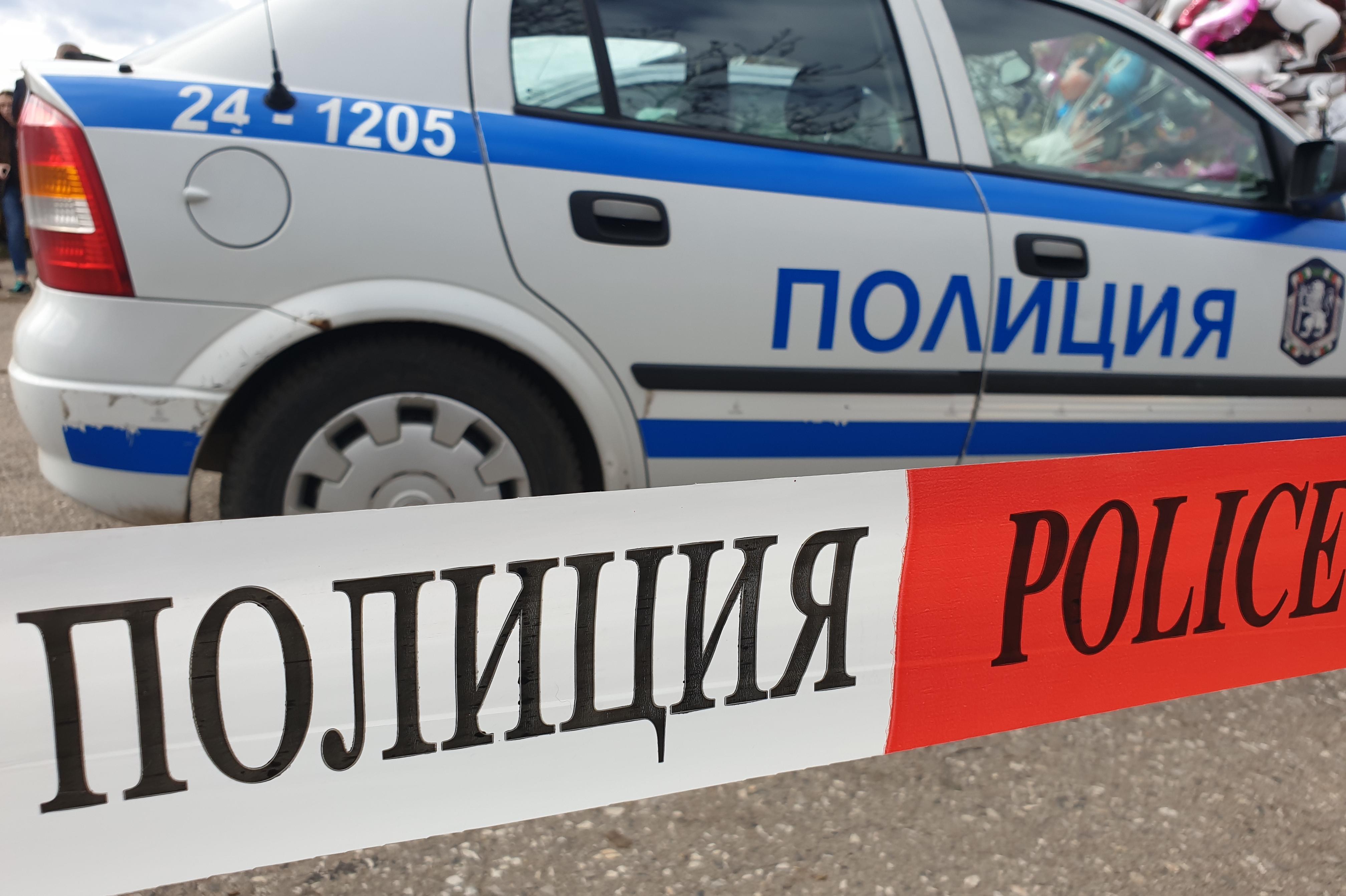 "Катастрофа между ТИР и ""Рено"" на бул. ""Владимир Вазов"