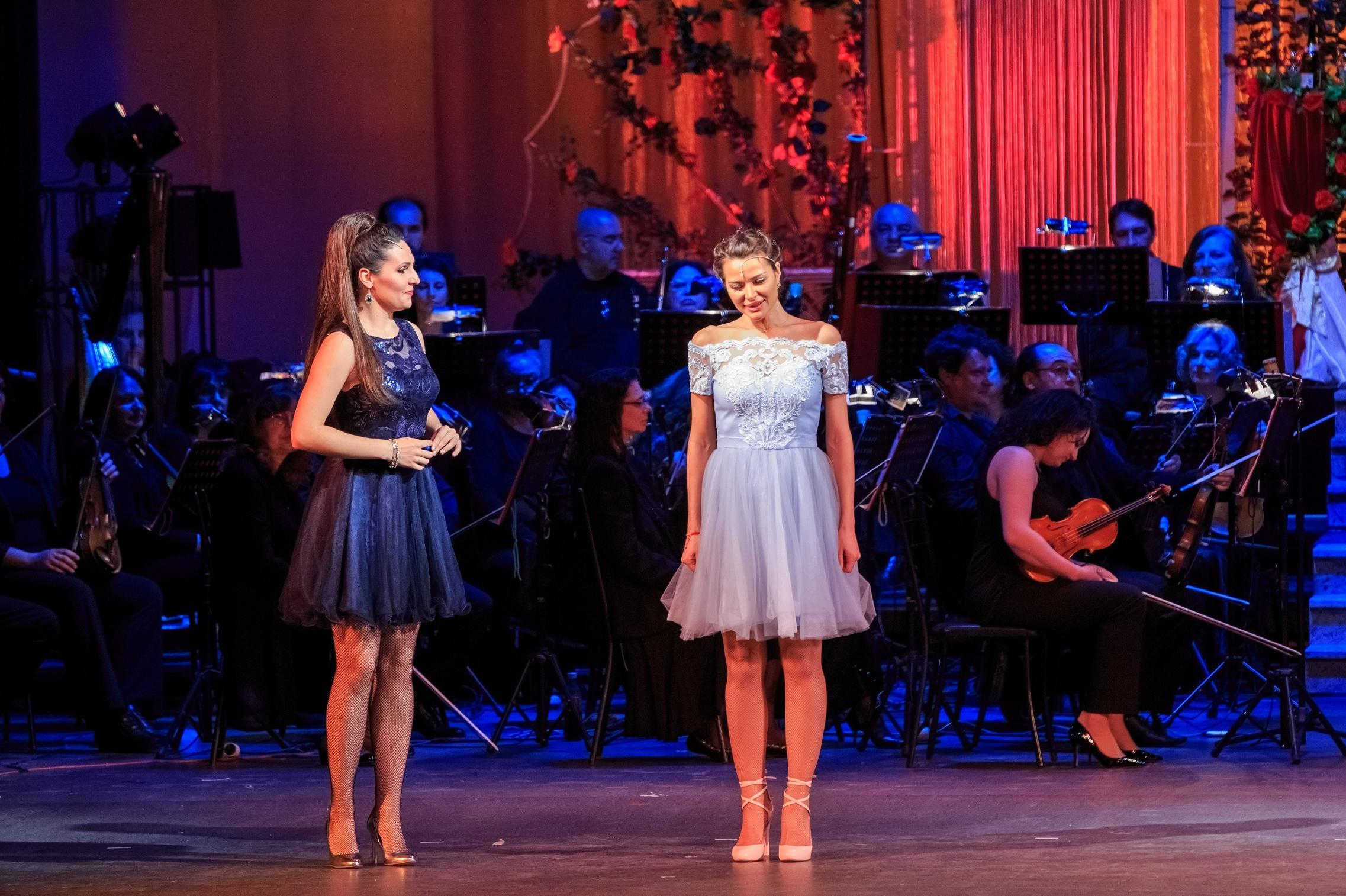 """Уитни Хюстън, Едит Пиаф и """"Фантомът"""" в концерт подарък за дамите от Музикал"""