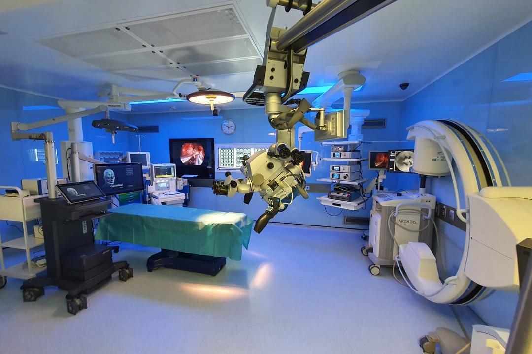 """Всяка пета мозъчна и гръбначна операция през 2020 г. е извършена в УМБАЛ """"С"""