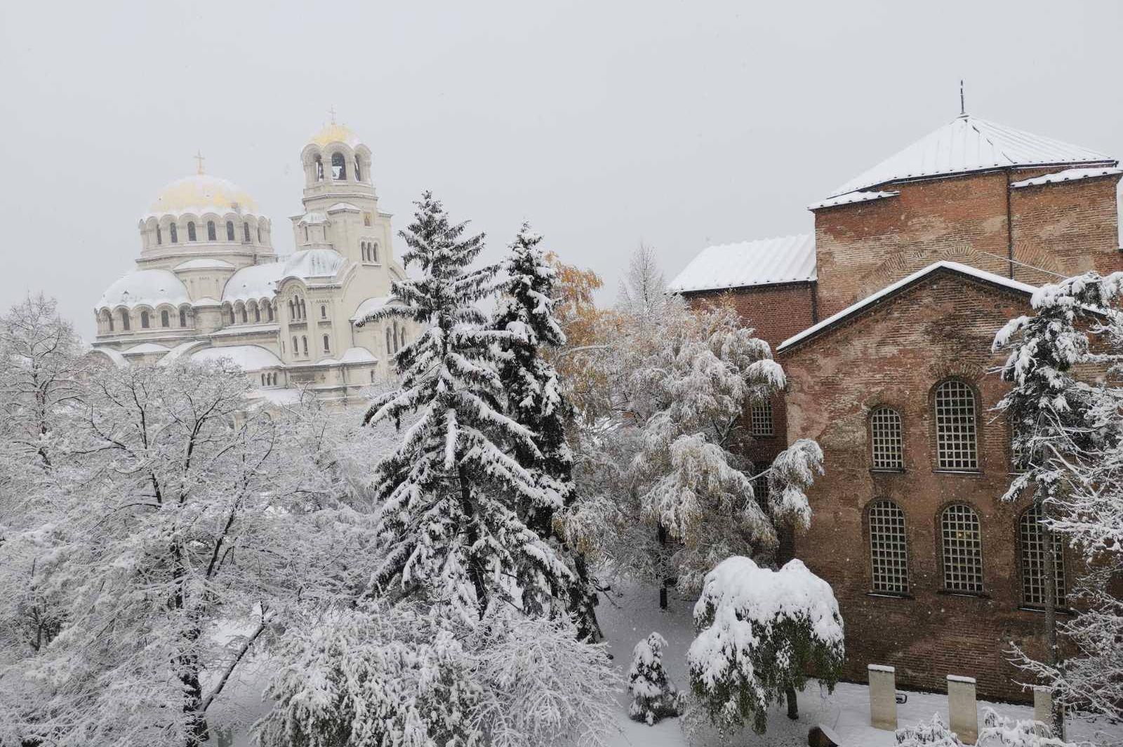 В София и страната температурите ще паднат до минус 15 градуса
