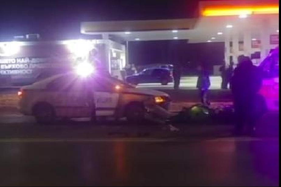 Моторист се блъсна в  полицейска кола в Люлин 1