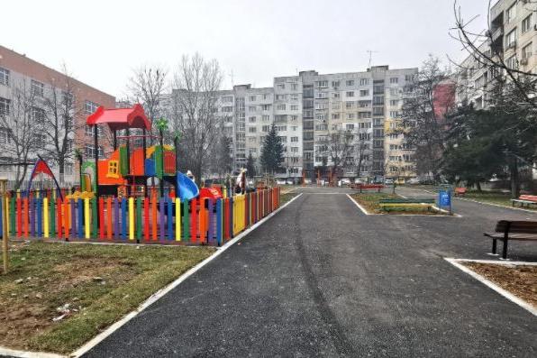 """""""Безопасни детски площадки"""" призовава децата в София да подават сигнали"""