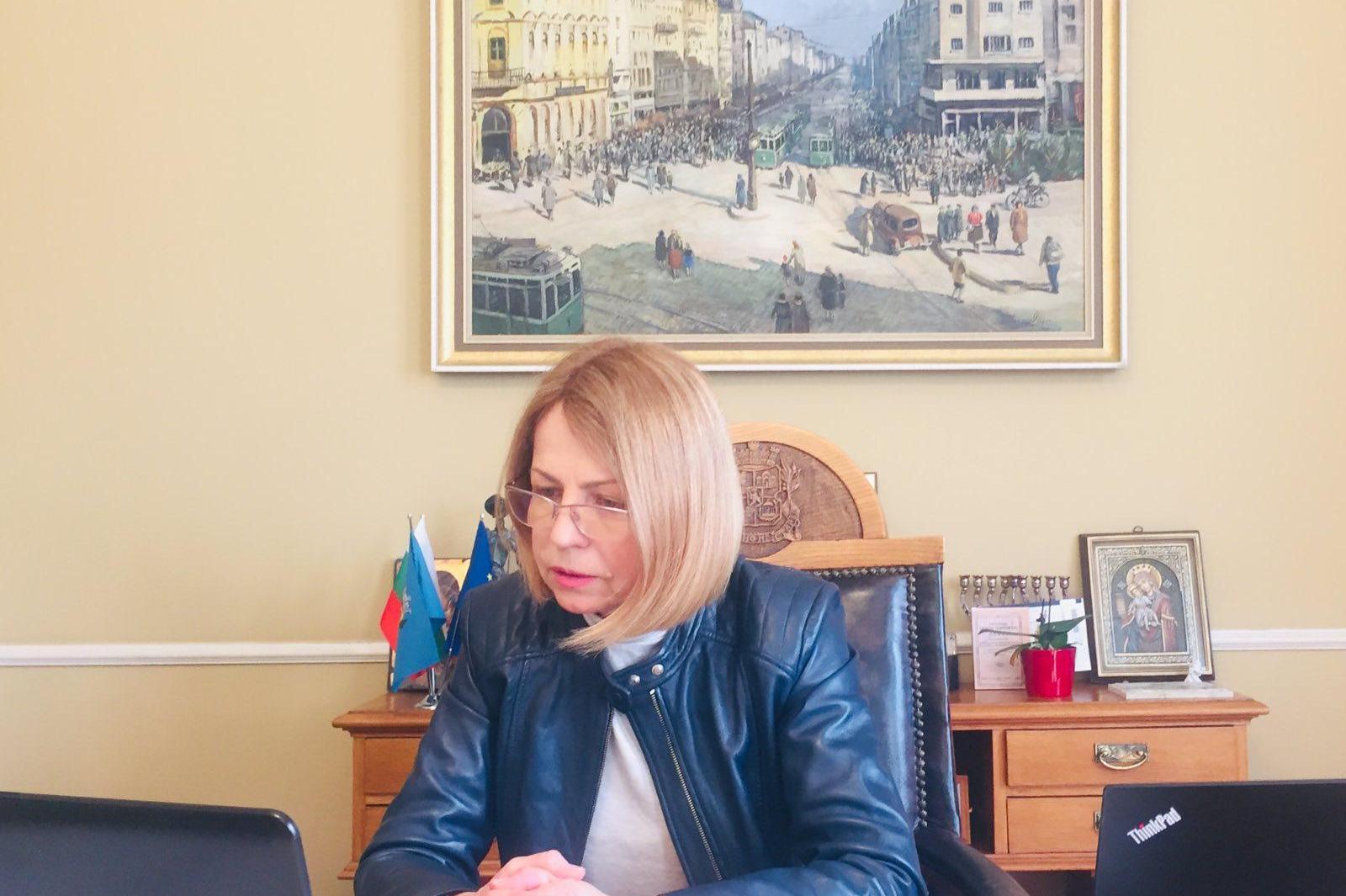 Фандъкова участва в онлайн среща на Комитета на регионите- темата е пандеми