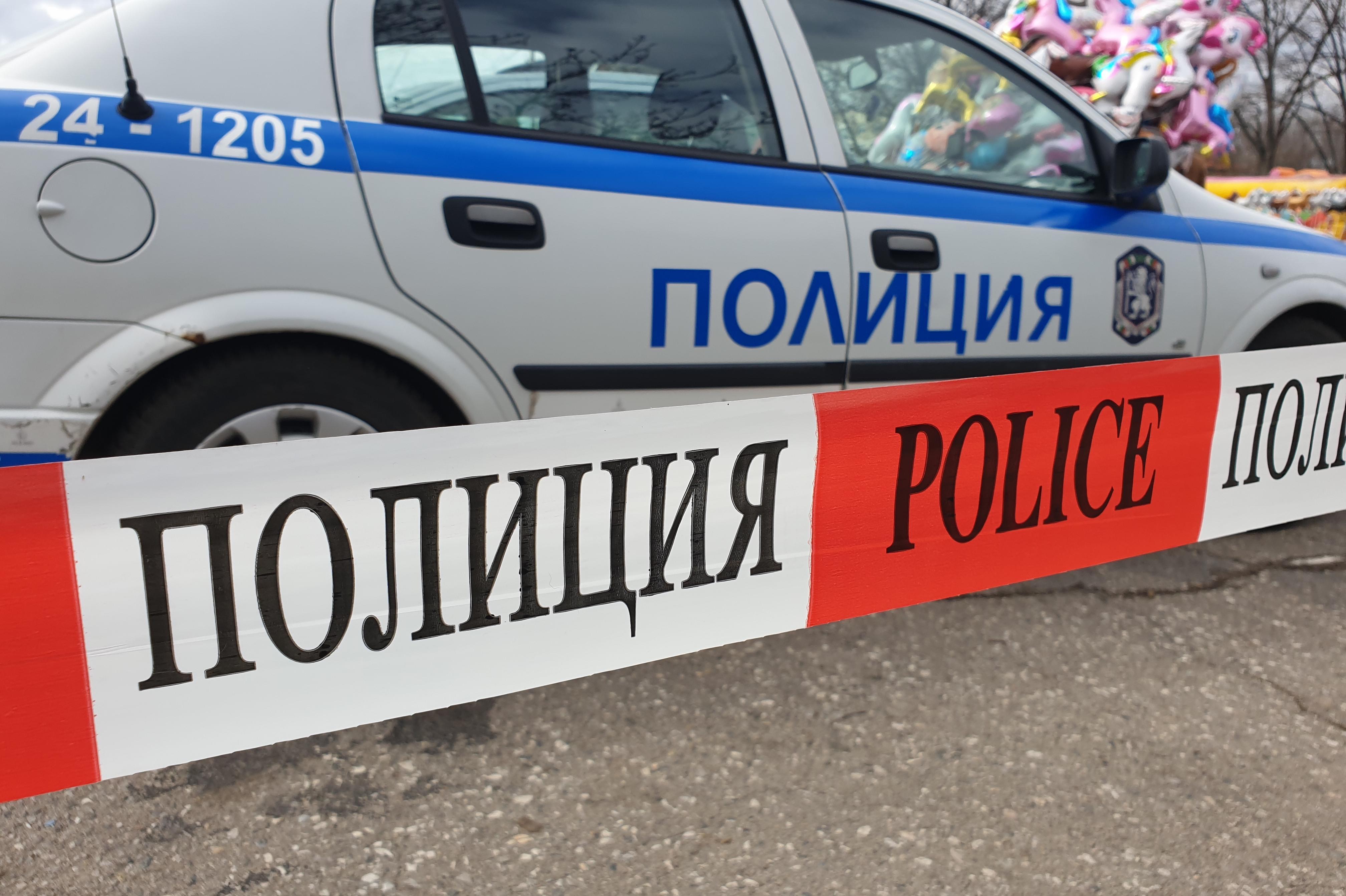 Задържаха мъж в Костинброд, заплашил приятелката си с нож