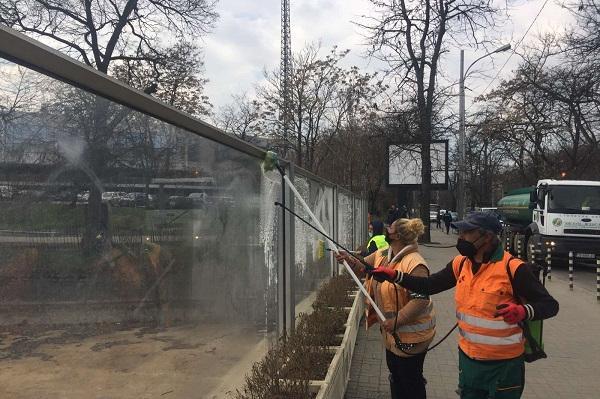 В София започва миене на шумоизолиращите стени по основните булеварди
