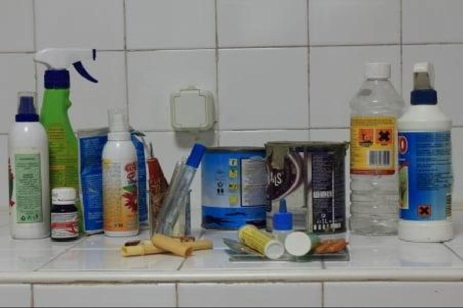 """Мобилен пункт за опасни отпадъци от домакинствата на """"Париж"""" 5"""