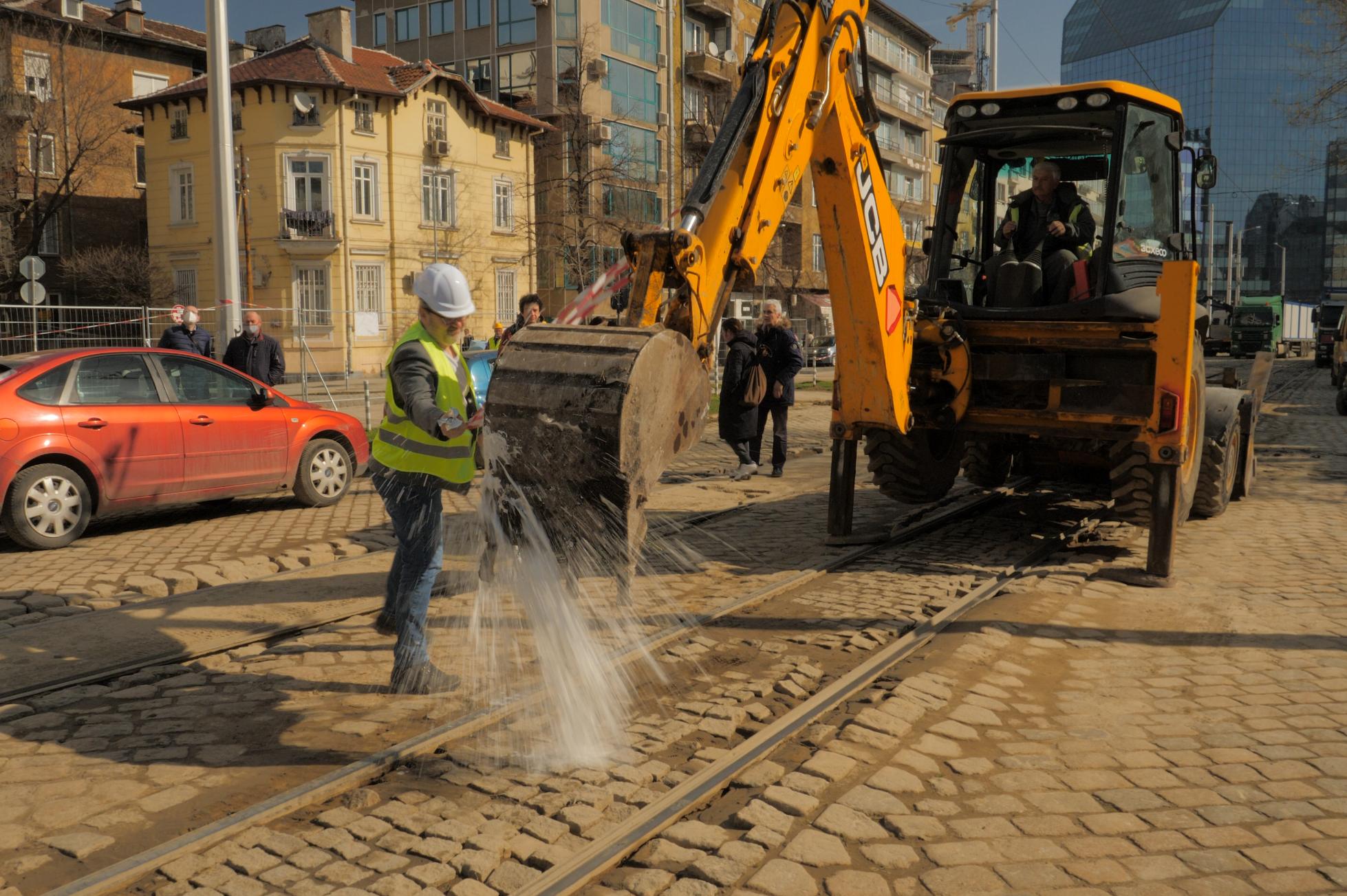 """Стартира ремонтът на трамвайното трасе по бул. """"Цар Борис III"""""""