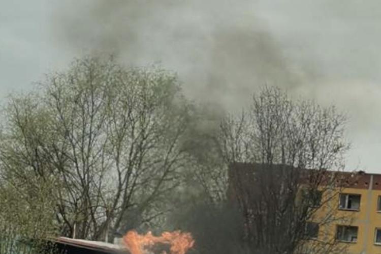 "Столичен инспекторат установи горене на пластмасови туби в ""Кремиковци"""