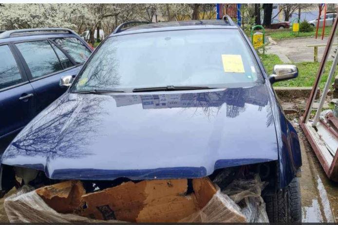 "В ""Триадица"" стикираха 50 излезли от употреба автомобила"