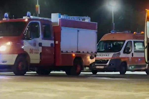 """Пожар избухна тази нощ в хотел на бул. """"България"""" в София"""