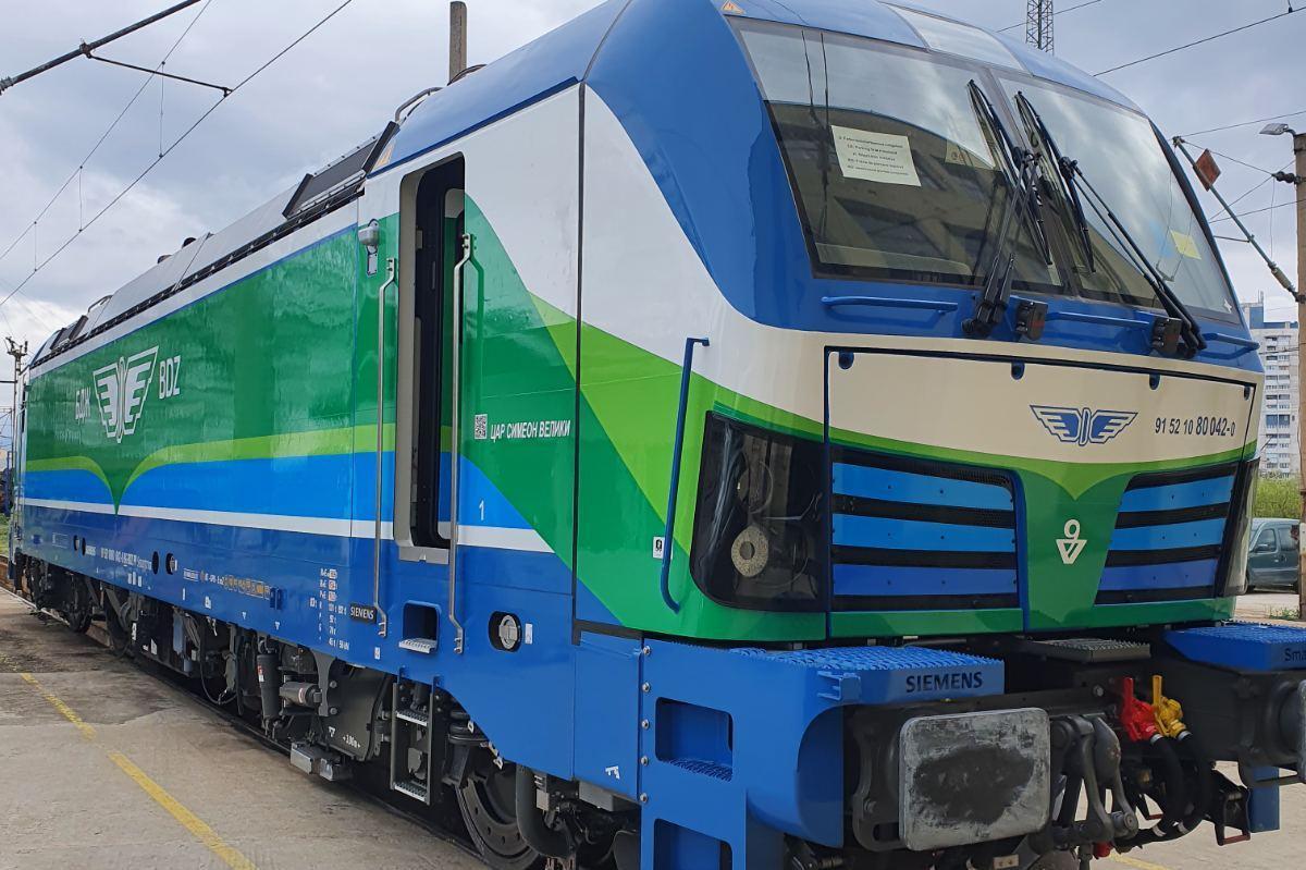 Нови четири локомотива на БДЖ се движат по направления от и към София