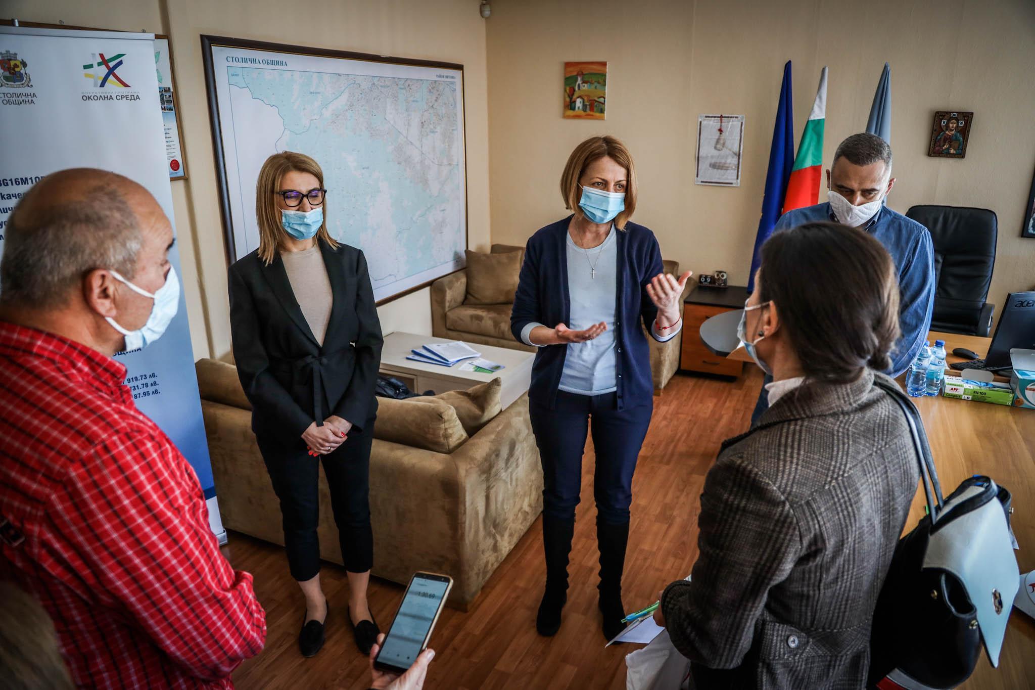 До момента в София има подписани близо 700 договора за смяна на старите печ