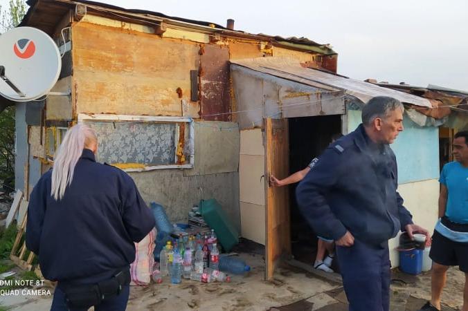 """ЧЕЗ, полиция и от """"Сердика"""" с ранна проверка за кражби на ток в """"Орландовци"""