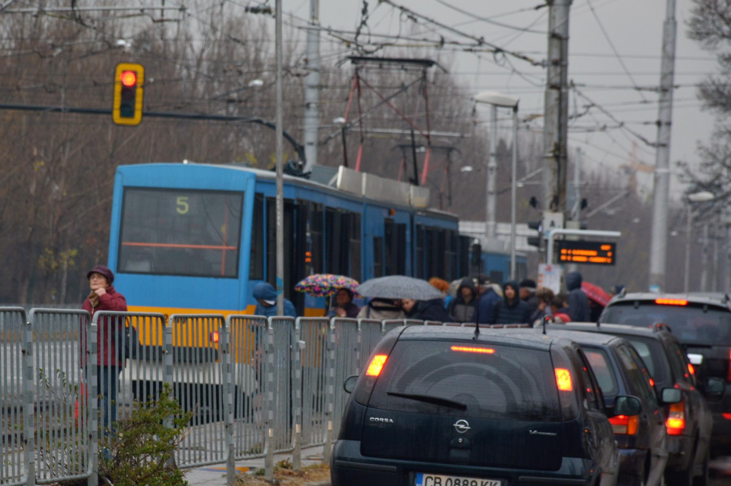 От събота стартира ремонтът по трасето на трамвай 5 в столицата