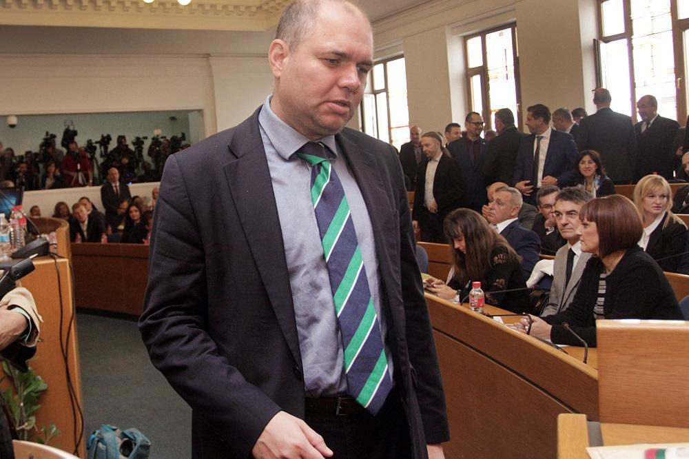 От 10 общински съветници в София само Владислав Панев става депутат