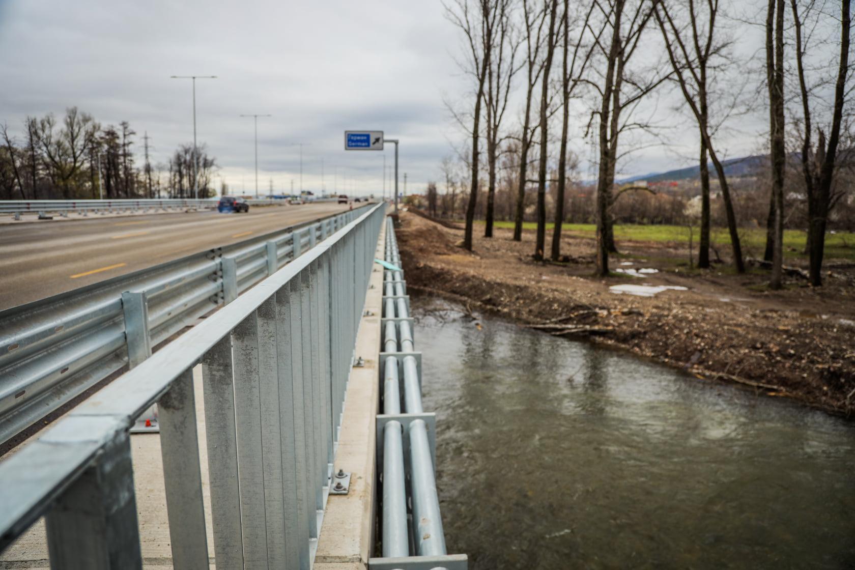 Започна контролирано изпускане на язовирите Панчарево, Мърчаево, Мрамор и С