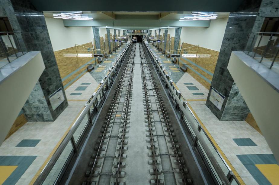 """На 24 април: Пускат новите станции на метрото до """"Горна баня"""", возенето за"""