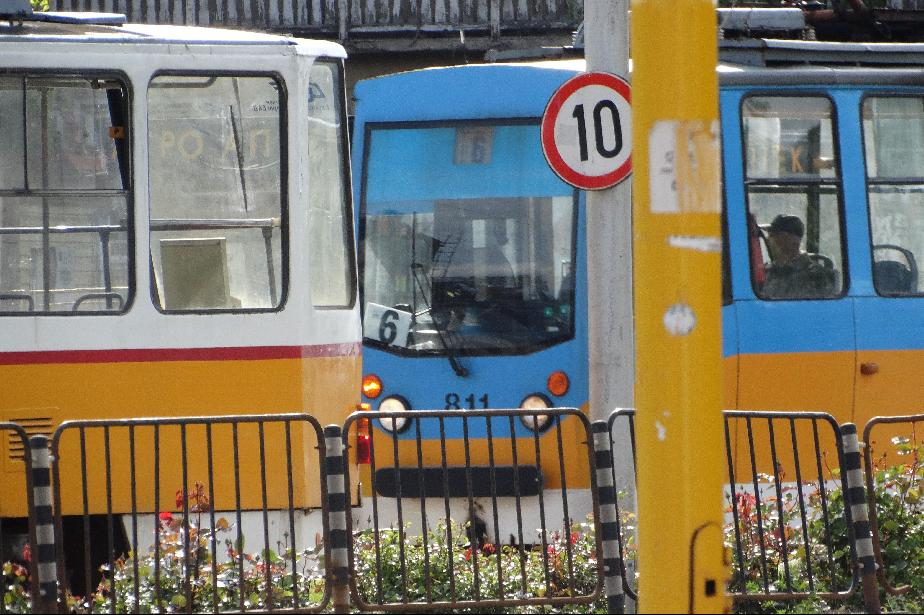 За почивните дни: Променят маршрута на трамвай 6 заради ремонт на релсите