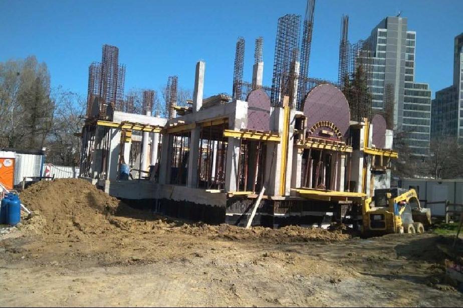 """Градежът на столичната църквата """"Св. Пимен Зографски"""" е на финала, започна"""