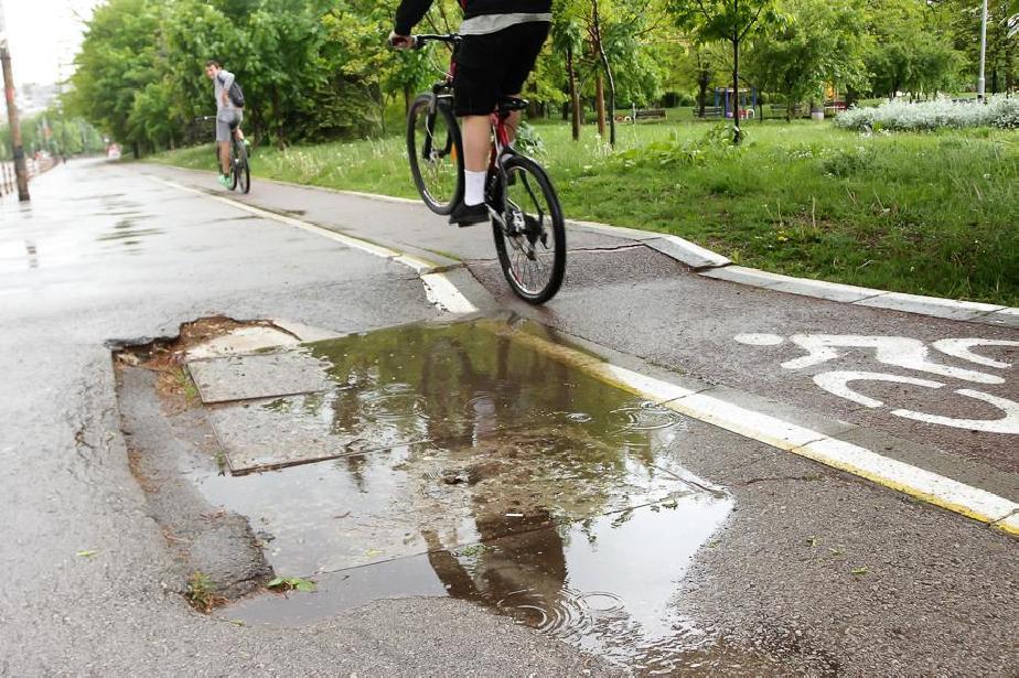 """Велосипедистите от """"Искър"""" ползват две алеи, от района работят по нови 2"""