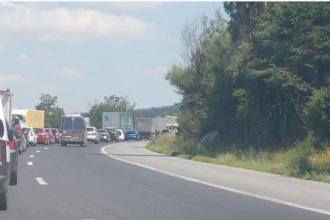 Движението по път Ботевград – София с повишено внимание заради ремонт