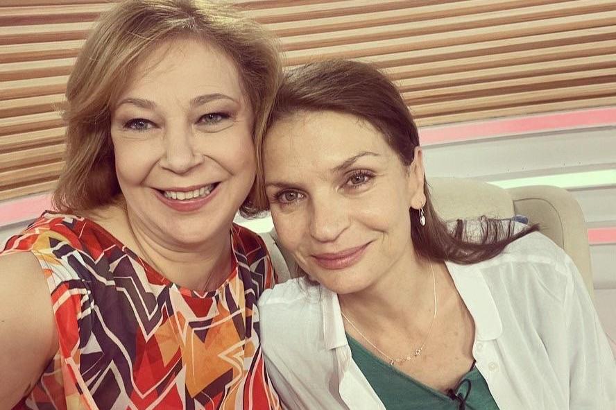 """Ирини Жамбонас гостува в """"Извън играта"""""""