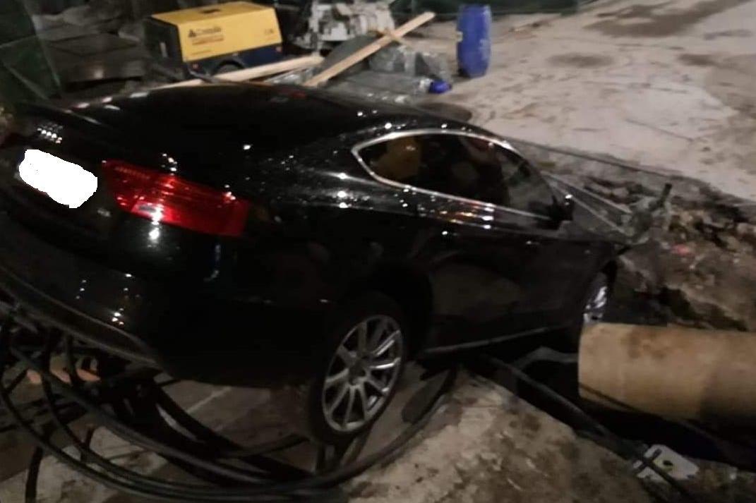 """Жена заби колата си в огромен ров на """"Гурко"""" и """"Шишман"""""""
