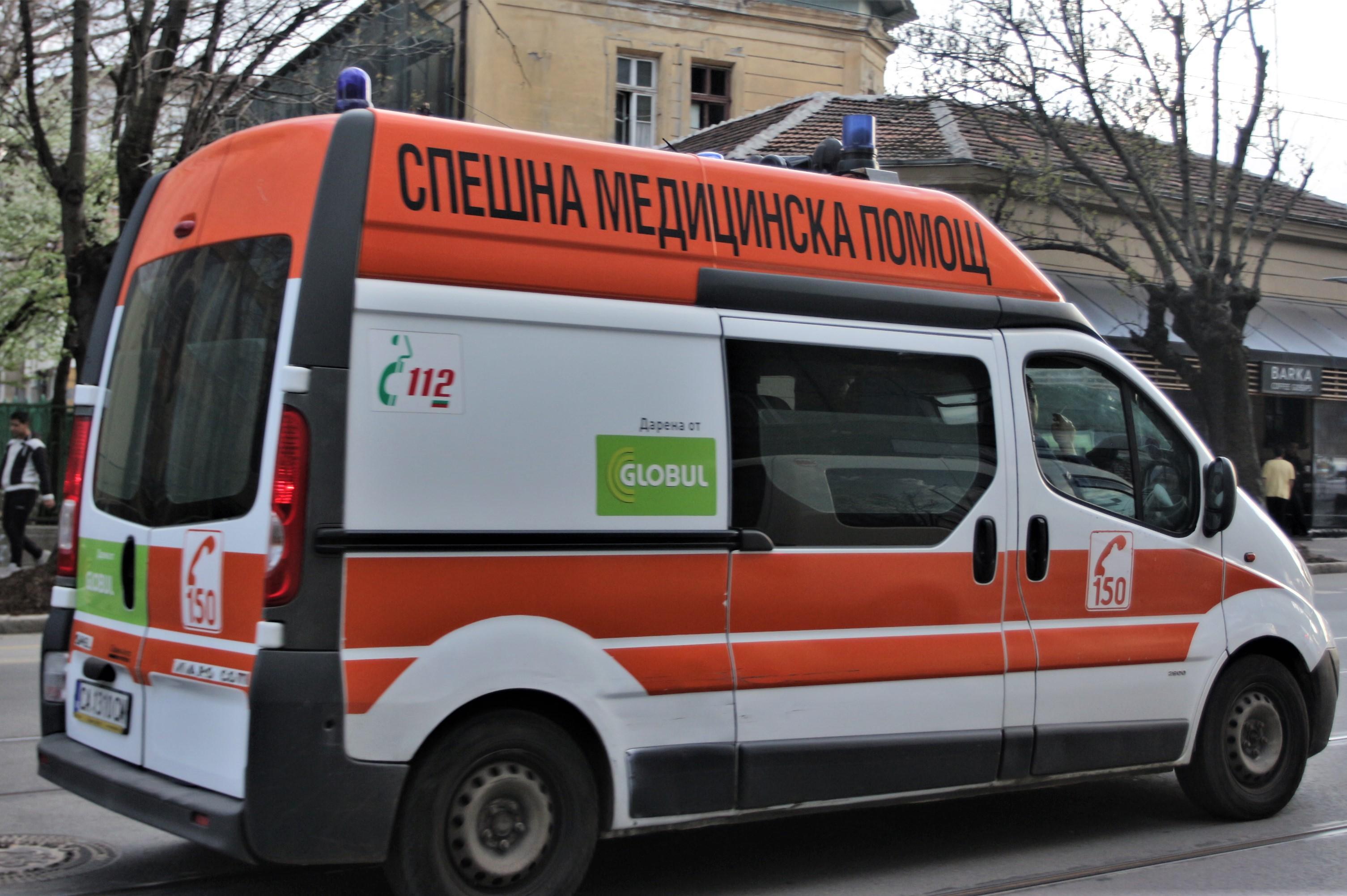 41-годишна пешеходка е починала, блъсната от кола в София