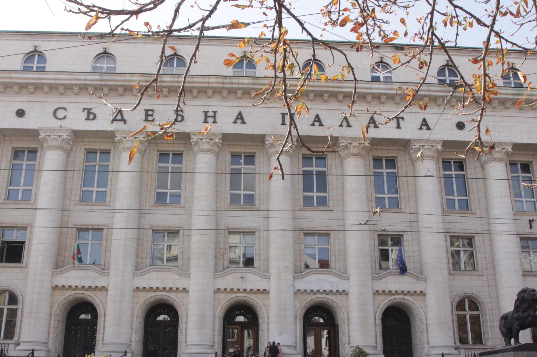 Софийски градски съд остави в ареста бабата на убитото дете от Факултета