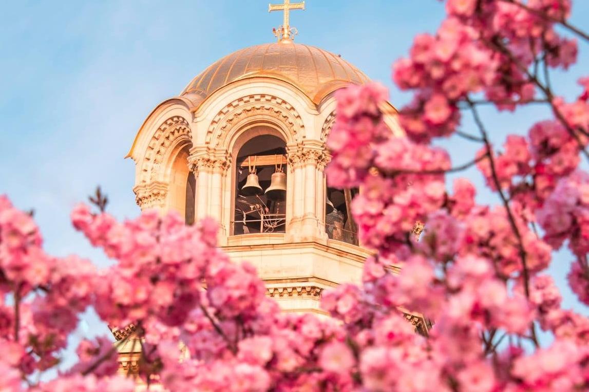 Кметът на София: Христос Воскресе! С обич и търпение да търсим истината