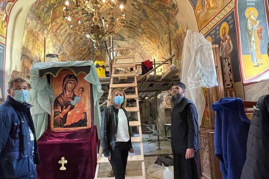 Реставрират стенописите на църквата на Дивотинския манастир