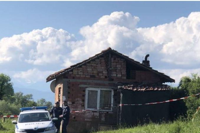 Откриха мъртво 7-годишно момиченце в къща в самоковското с. Ковачевци