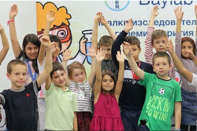 В София 10 069 деца са класирани в първи клас чрез електронната система