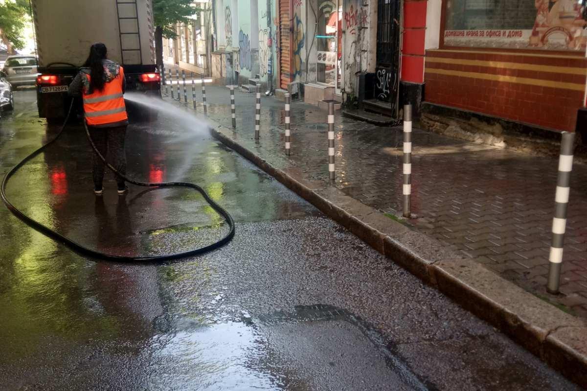 """Заради миене: Затварят улици в район """"Възраждане"""""""