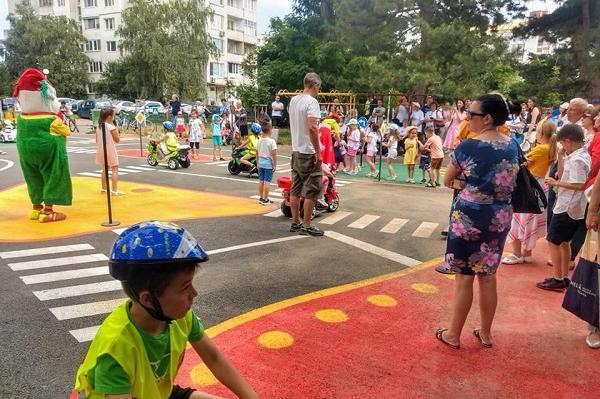 112 интерактивни площадки по безопасност на движението са изградени в София