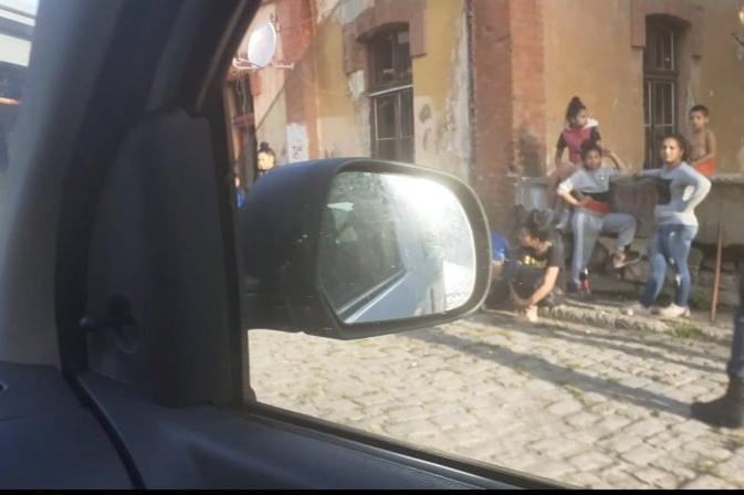 Кърваво ромско меле се е вихрило тази нощ в Захарна фабрика
