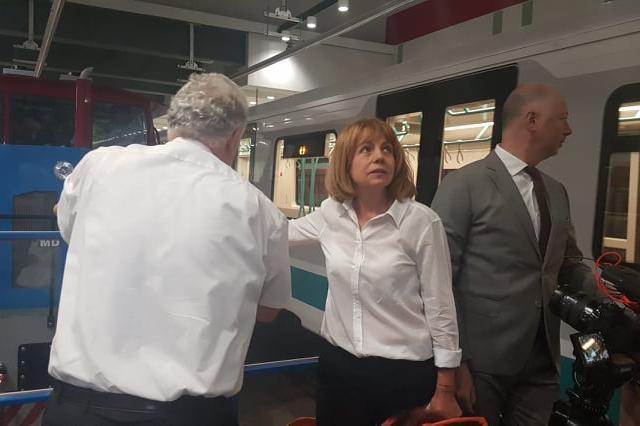 Фандъкова се срещна със служебния премиер, за да защити финансирането по Пл