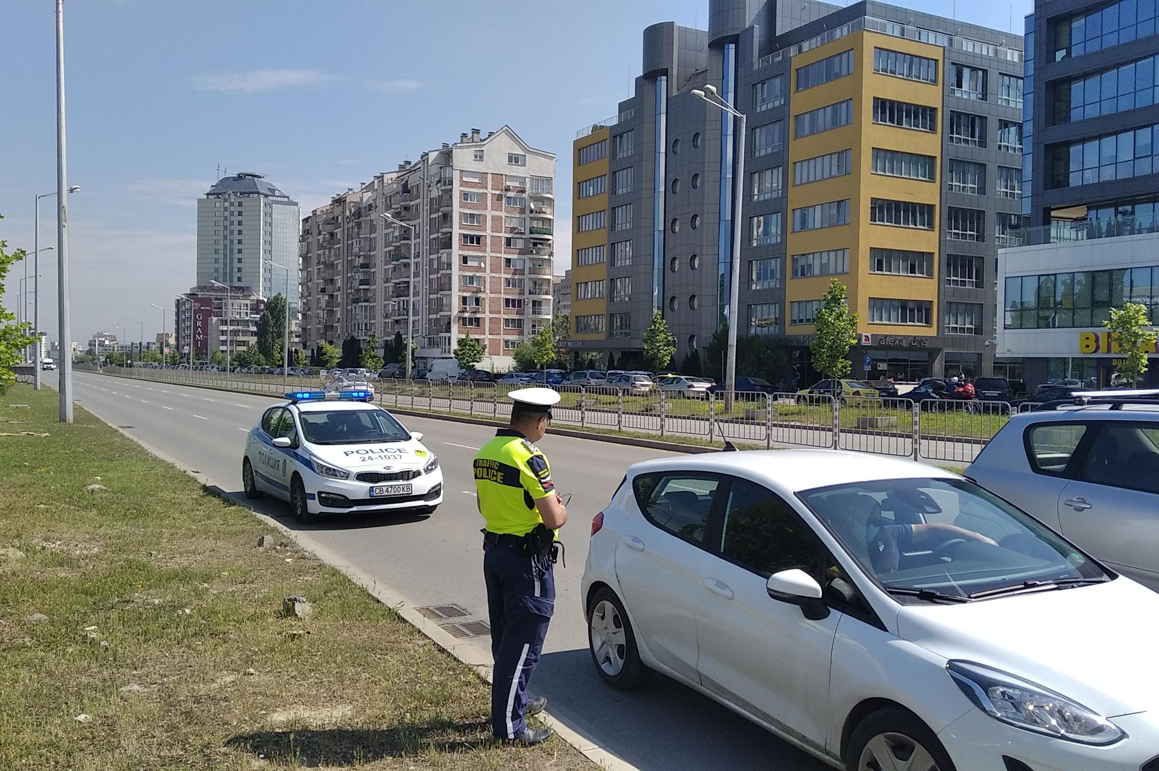 """В София и страната: """"Пътна полиция"""" проверява водачите за алкохол и наркоти"""