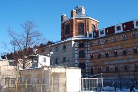 Рокадите във властта продължават: Махнаха и началника на Софийския затвор