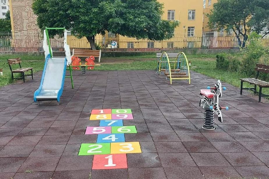 """Детските градини в """"Искър"""" с подаръци за 1 юни"""