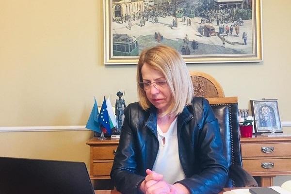 Кметът на София поздрави столичните полицаи за професионалния им празник