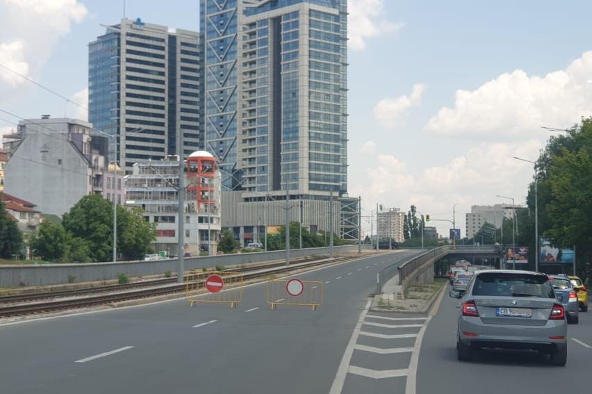 Движението край НДК е затворено още от бул. България